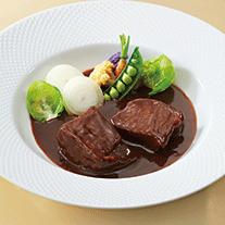 〈オテル・ド・ヨシノ〉黒毛和牛ビーフシチュー